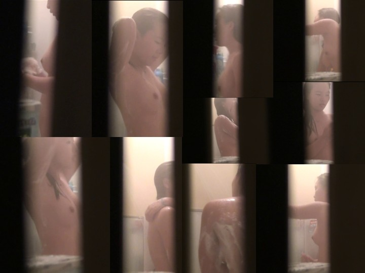 極隙窓-SUKIMA- Vol.08, peeping-eyes bath, peeping-eyes videos, young girls bath voyeur, japanese schoolgirls bath hidden camera